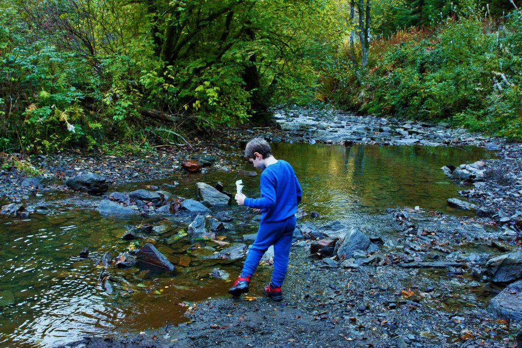 mooie wandeling les 2 vallees rivier