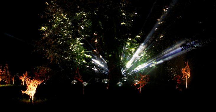 De Grote schijn deurne lichtspektakel Rivierenhof Lichtsensatie ufo