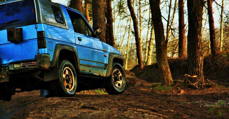 4 maal 4 4 x4 offroad rijden nuenen fundustry events rijden met jeep modder 4 wielaandrijving