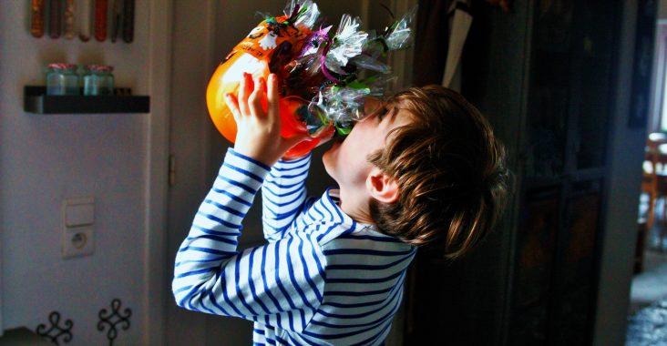 trick or treat give and treat halloween halloween coronaproof halloweencandy halloweenparty activiteit Halloween diy halloween (2)