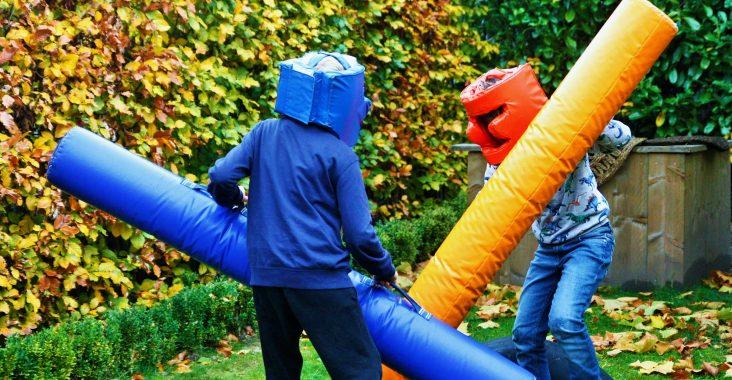 dijle floats stootkussen quarantaine lockdown activiteit entertainment kids kinderen spelen wattedoen met kinderen spelen met kinderen (2)