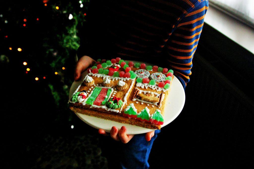 gemberhuisje gingerbread house kerstknutselen kerstactiviteit nibbles kitchen PYO cookie kit PYO cookie set DIY koekjes box kerstmis koekjes kerst (14)