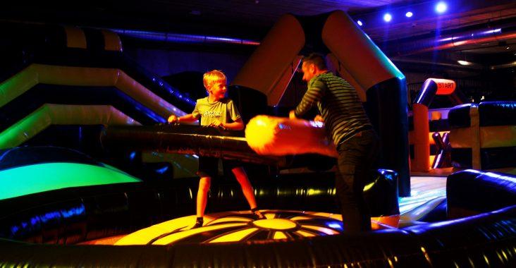 jumpsky gent visit gent springkastelen jumppark uitstapjes kids uitjes kids wattedoen gent kids indoor springpark inflatabel park (2)